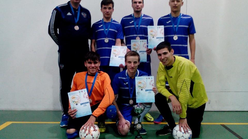 команда КО серебряный призер
